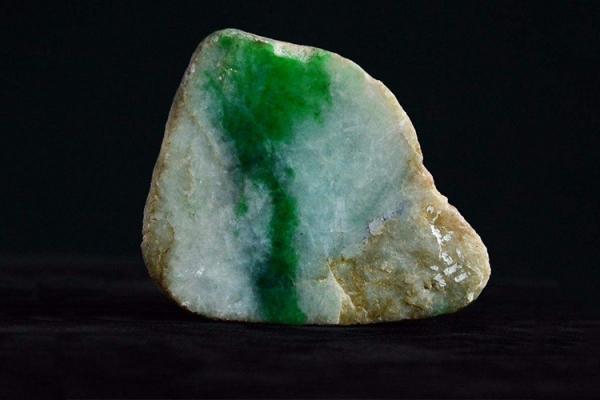 翡翠原石的鉴别方法,怎么辨别翡翠原石?