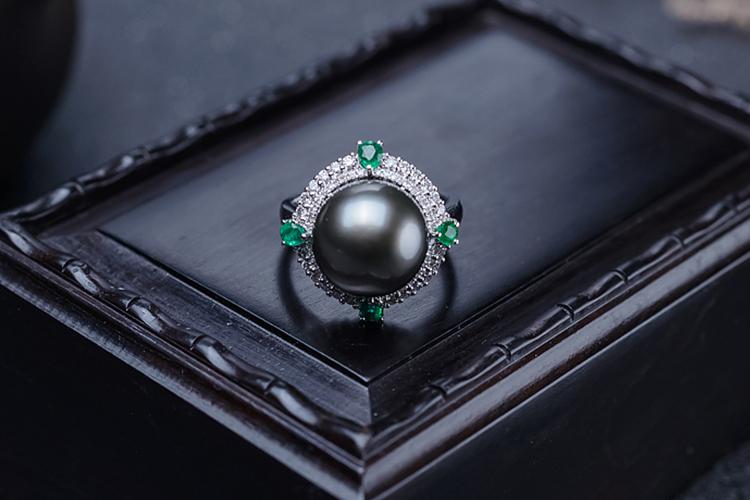 黑色宝石有哪些?黑色宝石欣赏(6)
