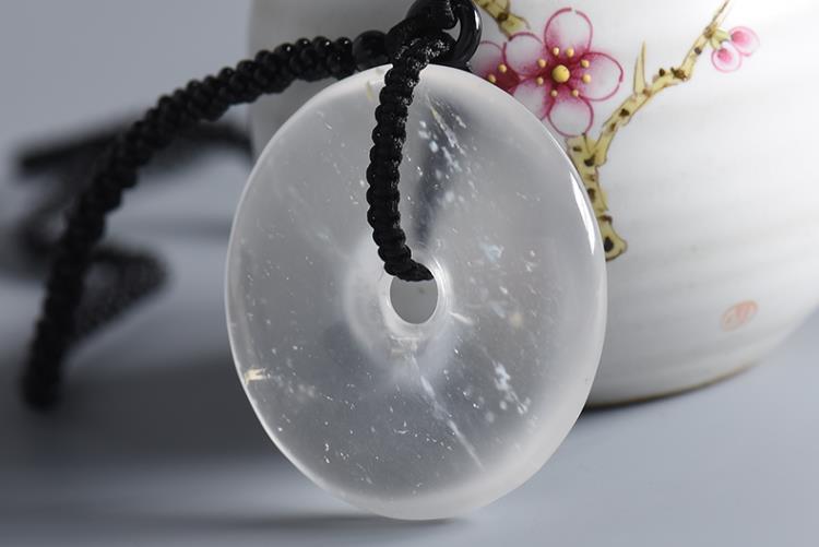 水沫玉和翡翠的区别在哪?水沫玉图集赏析