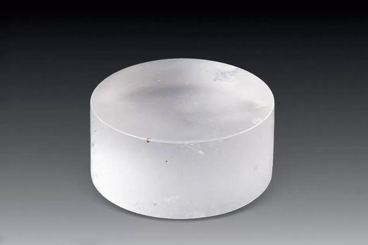 水沫玉并不仅仅只是翡翠的替代品,水沫玉饰品欣赏
