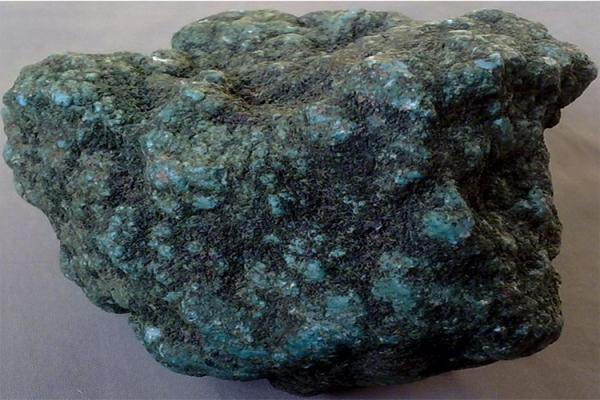 绿松石原石价格是多少?绿松石原石的价格你了解多少