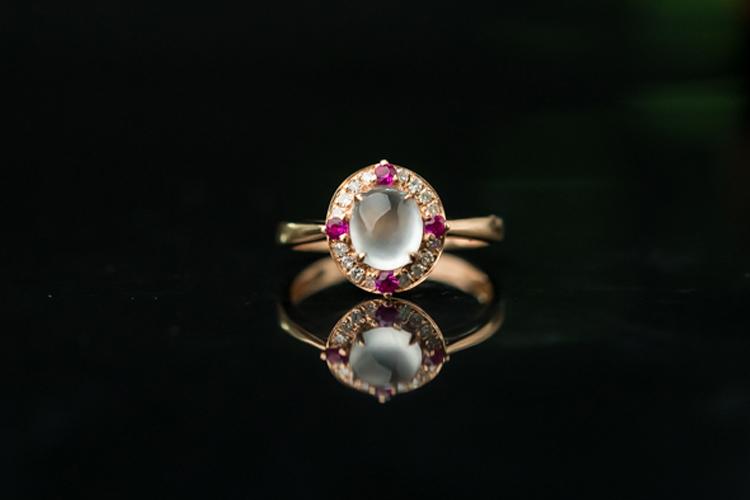 玉石戒指应该怎么保养?玉石戒指的保养方法介绍(1)