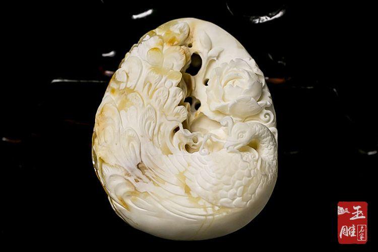 白蜜蜡的功效与作用-玉雕名家