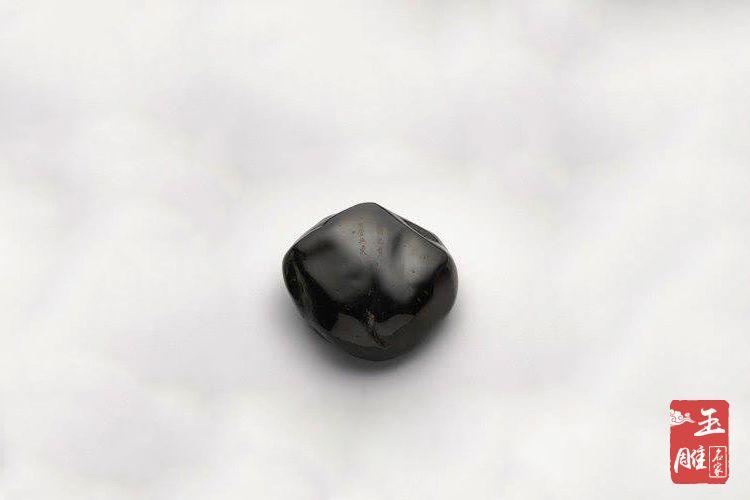 黑琥珀-玉雕名家