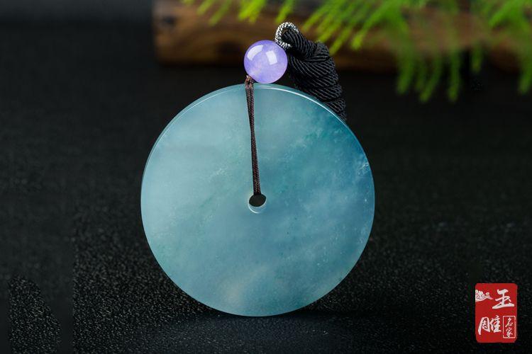 翡翠蓝水的特点-玉雕名家